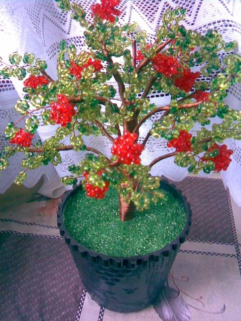 Фото изделий из полимерной глины. бисерцветы, цветы бисер деревья, плетение бисером цветов, цветы бисер.