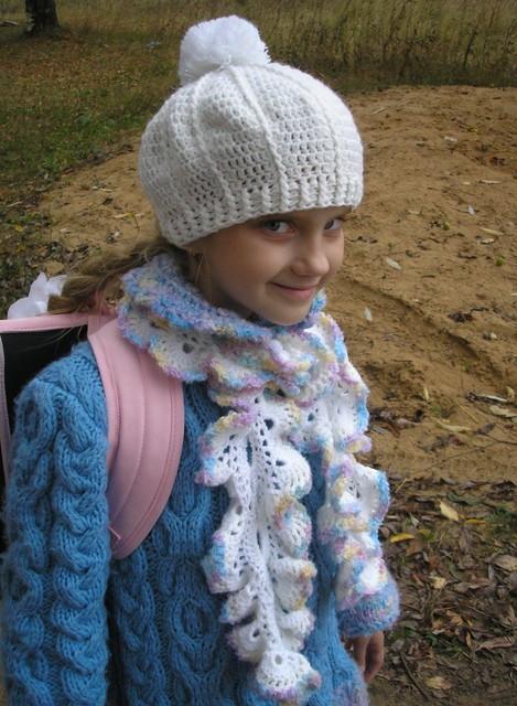 Вязанные шапки с пумпоном фото