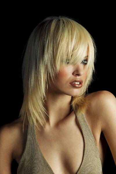 И напоследок, хотелось бы отметить, что любая стрижка смотрится на волосах идеально только при условии здоровых...