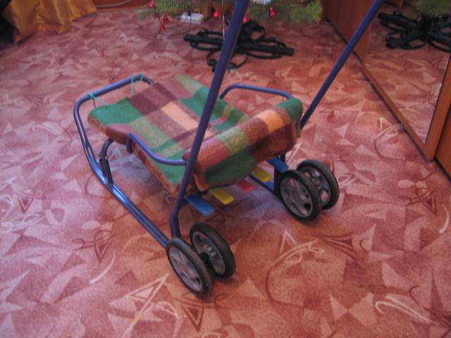 Как сделать колесики на санки