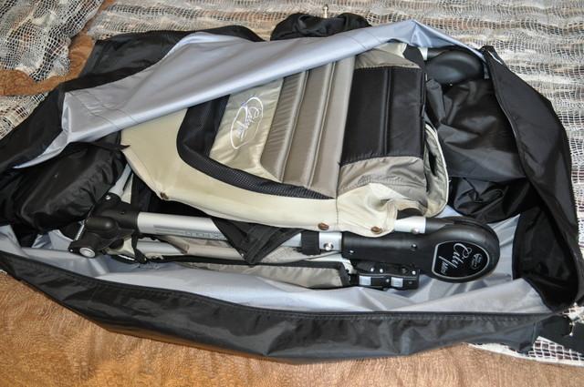 Вот фото выкройки и самой сумки.  Шила из плащевки (тентовая ткань пр-ва...