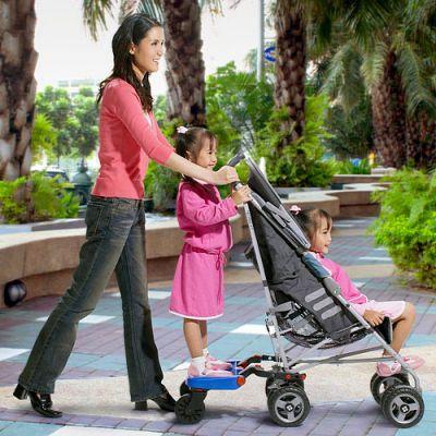 Подножка-приставка к коляске для старшего ребенка.На Украине есть такое?